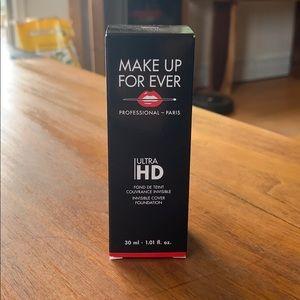 MakeUp Forever Foundation